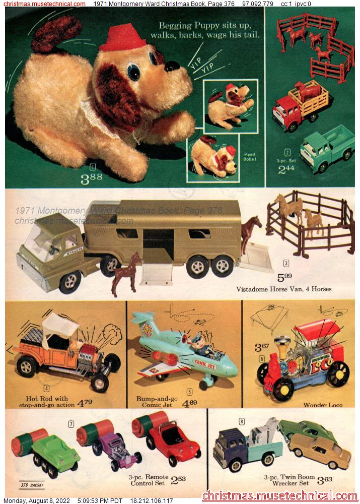 1971 Montgomery Ward Christmas Book, Page 376